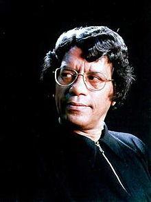 Humaun_Azad_(1947-2004)